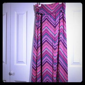 Beautiful Cynthia Rowley maxi skirt adult small